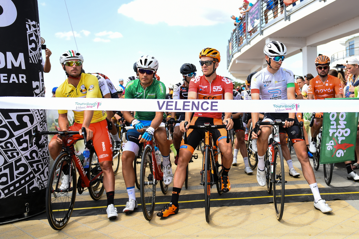 Today s Tour de Hongrie etape started in very dry and hot condition from  Velence. We can say 520958034